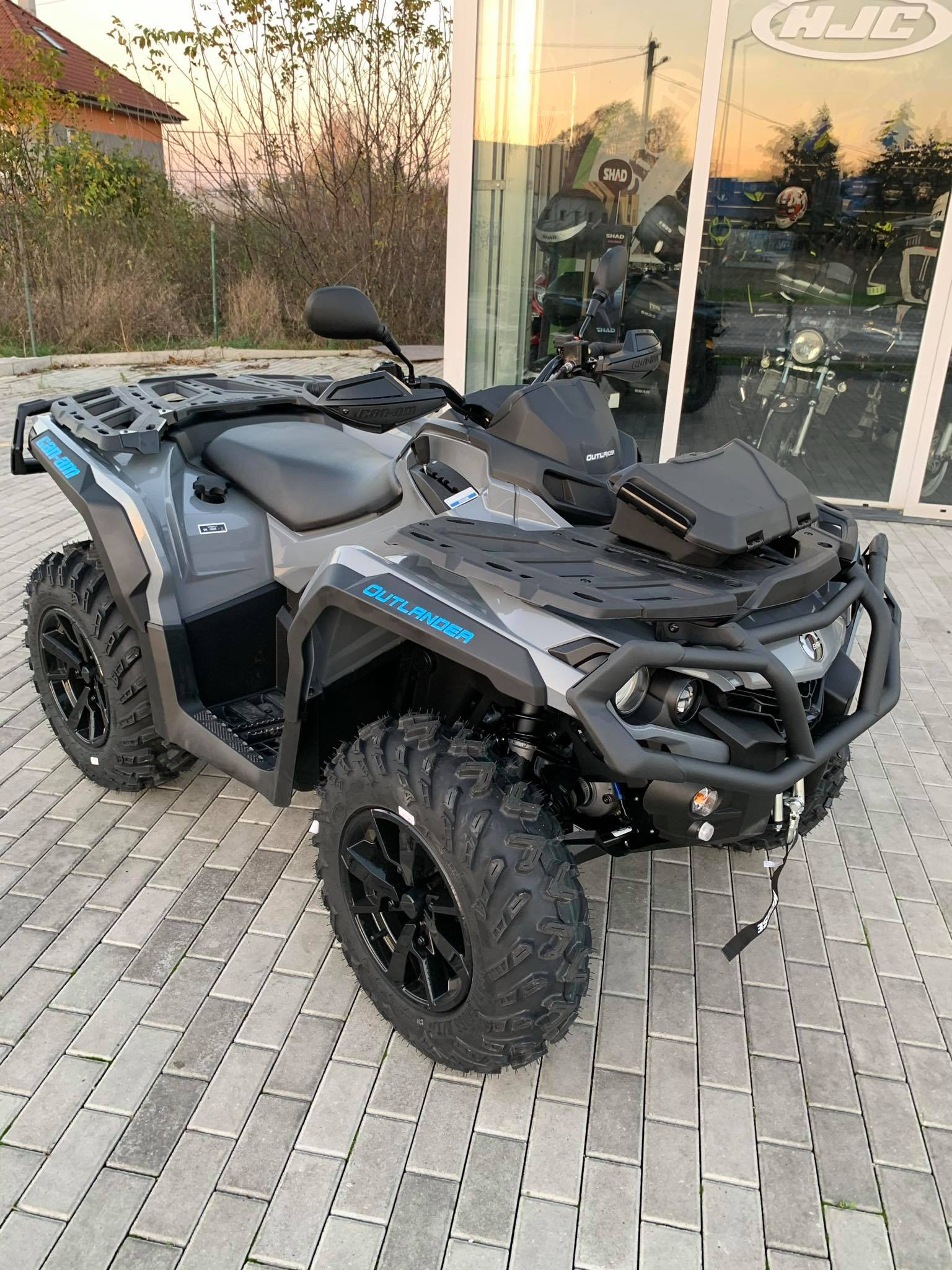 CAN-AM OUTLANDER 1000 DPS T